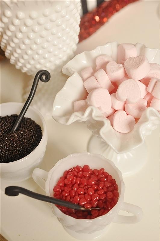 valentine-hot-chocolatebar 25 Romantic Chocolate Treats for the Valentine's Day