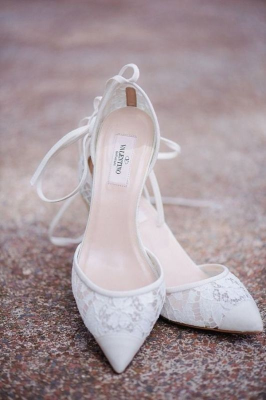 white-wedding-shoes-10 83+ Most Fabulous White Wedding Shoes in 2020