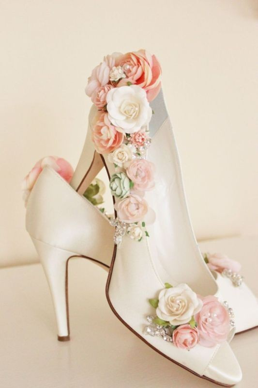 white-wedding-shoes-13 83+ Most Fabulous White Wedding Shoes in 2021