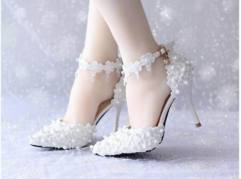 white-wedding-shoes-130 83+ Most Fabulous White Wedding Shoes in 2020