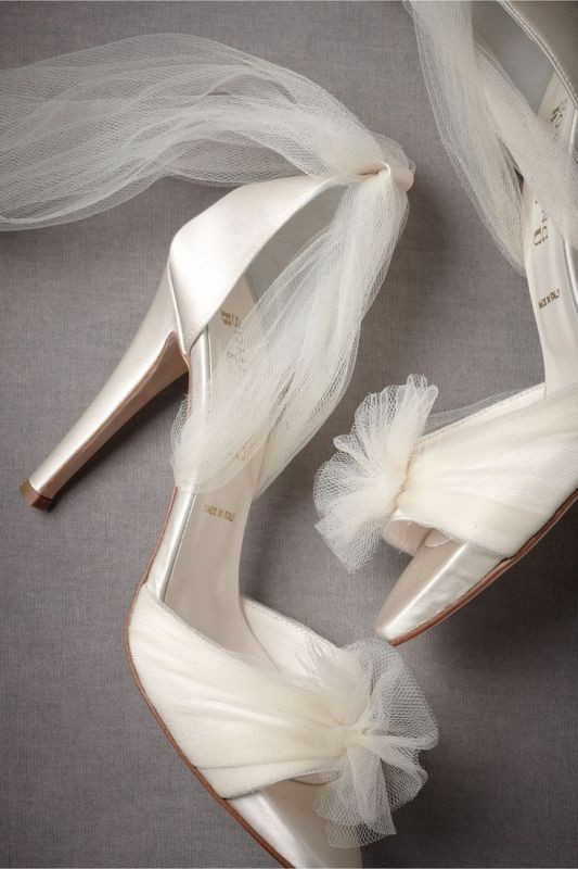 white-wedding-shoes-20 83+ Most Fabulous White Wedding Shoes in 2020