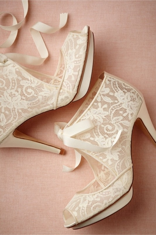 white-wedding-shoes-28 83+ Most Fabulous White Wedding Shoes in 2017