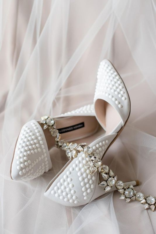 white-wedding-shoes-31 83+ Most Fabulous White Wedding Shoes in 2020