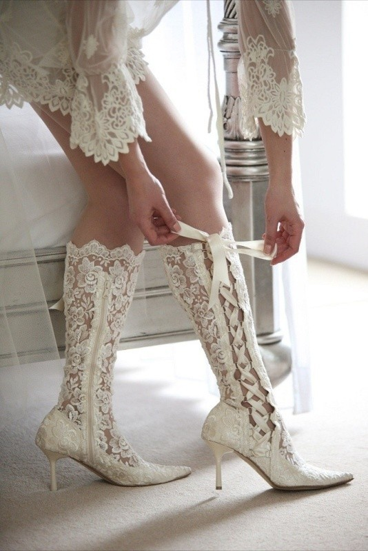 white-wedding-shoes-32 83+ Most Fabulous White Wedding Shoes in 2021