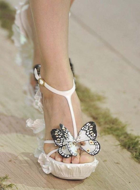 white-wedding-shoes-39 83+ Most Fabulous White Wedding Shoes in 2020
