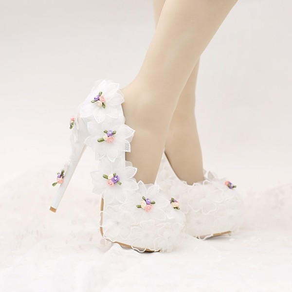white-wedding-shoes-46 83+ Most Fabulous White Wedding Shoes in 2021