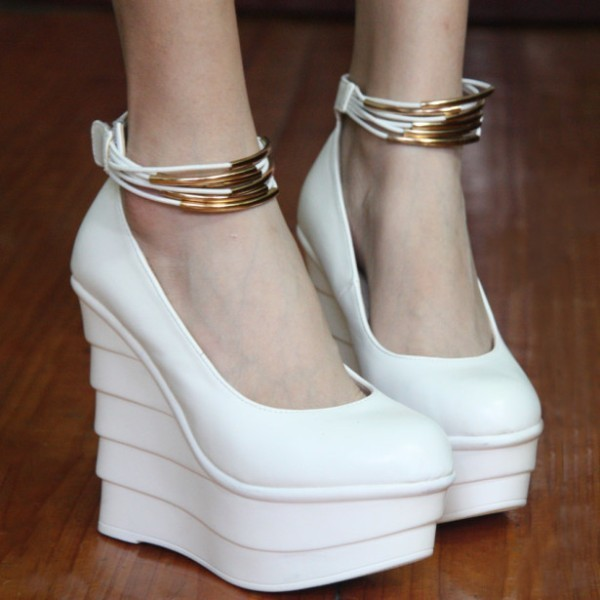 white-wedding-shoes-59 83+ Most Fabulous White Wedding Shoes in 2021