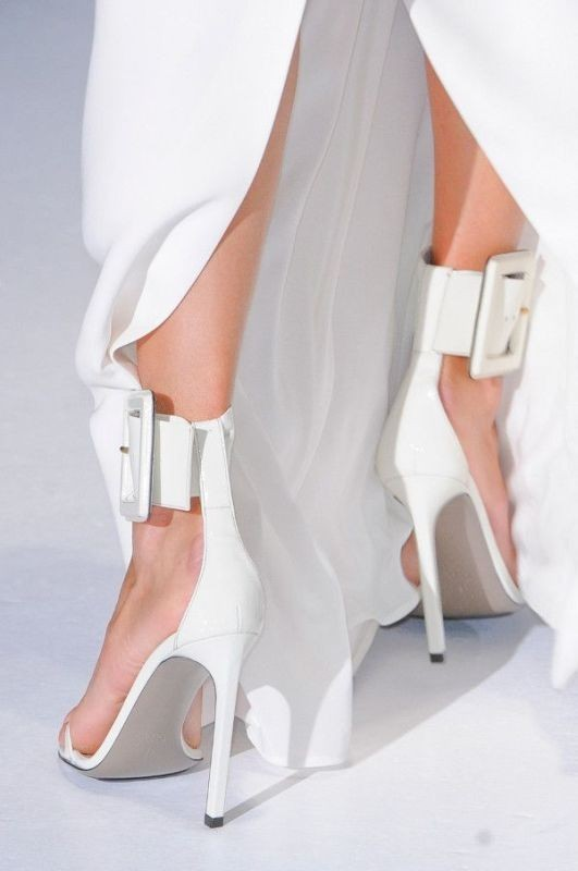 white-wedding-shoes-6 83+ Most Fabulous White Wedding Shoes in 2020