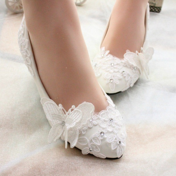 white-wedding-shoes-65 83+ Most Fabulous White Wedding Shoes in 2021