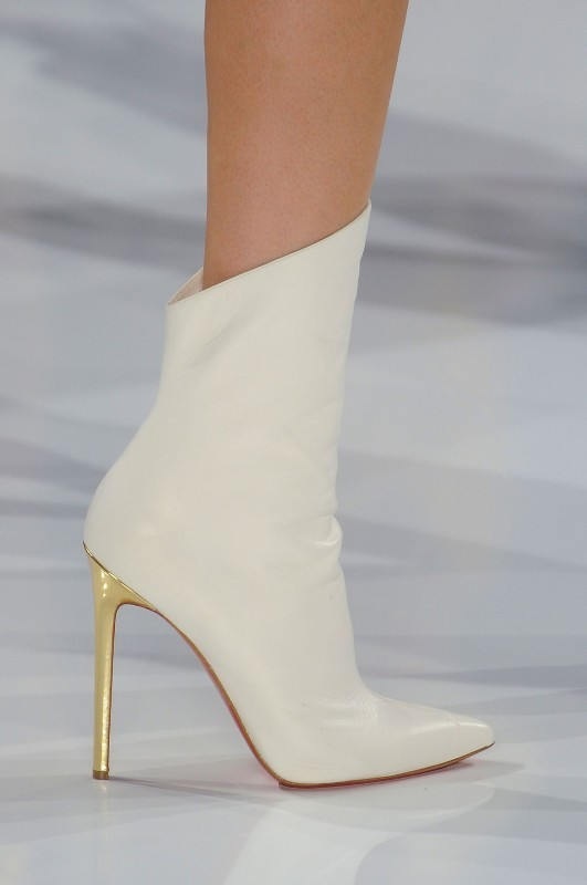 white-wedding-shoes-7 83+ Most Fabulous White Wedding Shoes in 2020