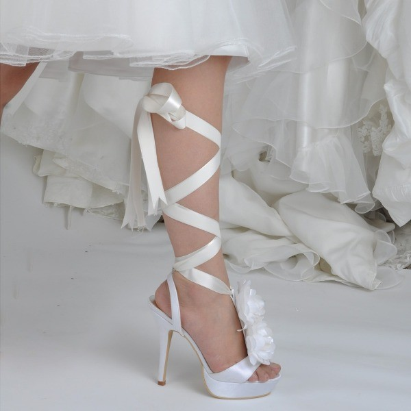 white-wedding-shoes-70 83+ Most Fabulous White Wedding Shoes in 2021