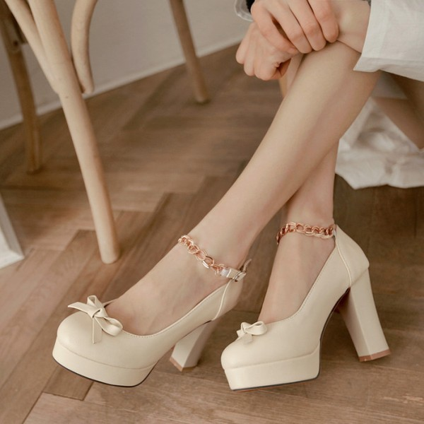 white-wedding-shoes-76 83+ Most Fabulous White Wedding Shoes in 2021
