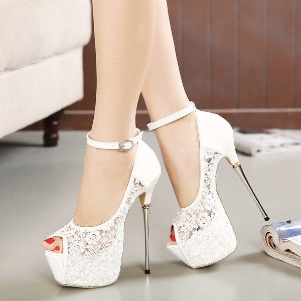 white-wedding-shoes-79 83+ Most Fabulous White Wedding Shoes in 2021