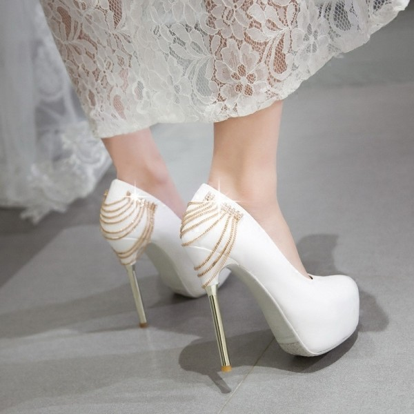 white-wedding-shoes-86 83+ Most Fabulous White Wedding Shoes in 2020