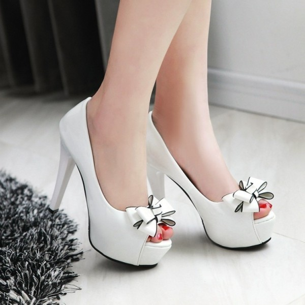 white-wedding-shoes-92 83+ Most Fabulous White Wedding Shoes in 2021