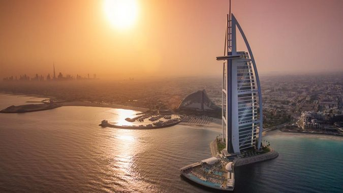 Bourj-Al-Arab-jumeirah-675x380 The 8 Most Luxurious Hotels in the World