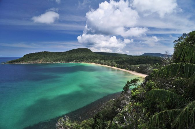 Cambodian-Coast-lazy-beach-resort-s-beautiful-675x448 20 Places to Explore for an Enchanting Holiday