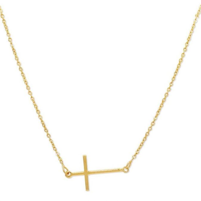 Crucifixe-necklace-675x675 18 New Jewelry Trends for This Summer