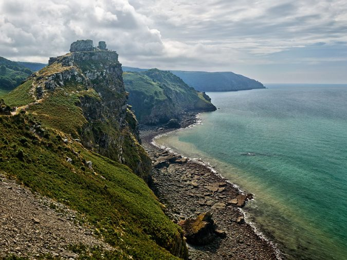 Devon-England-2-675x506 20 Places to Explore for an Enchanting Holiday