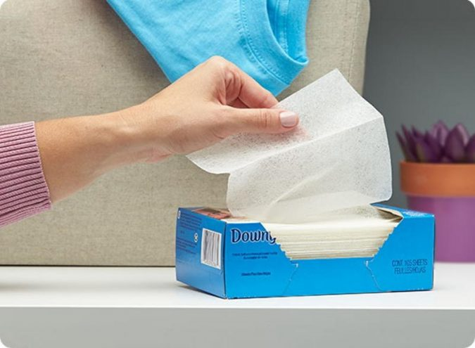 DryerSheets-675x495 10 Fastest Ways to Get Rid of Deodorant Marks