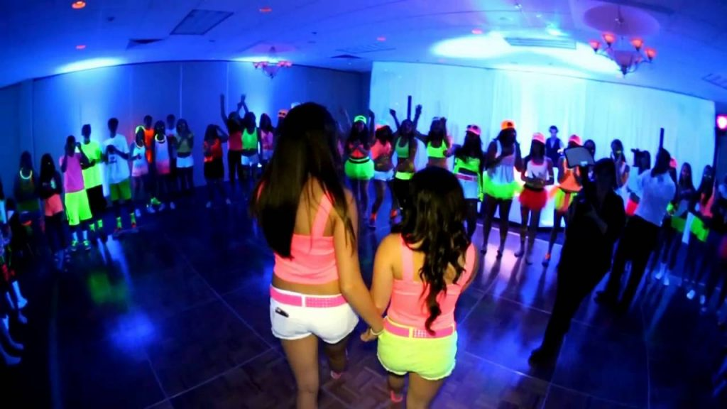Entertainment-1024x576 5 Tips to Make Your Sweet 16 Party Memorable