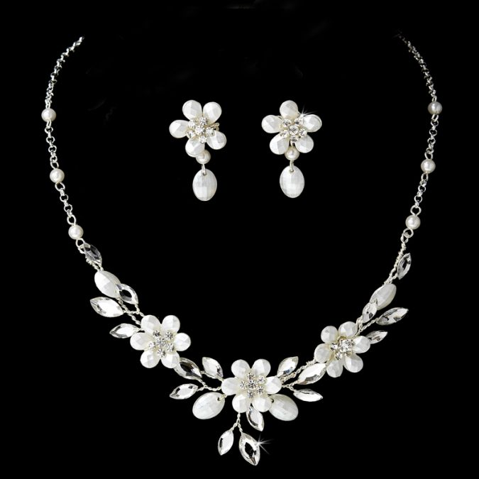 Floral-Jewelry-675x675 18 New Jewelry Trends for This Summer