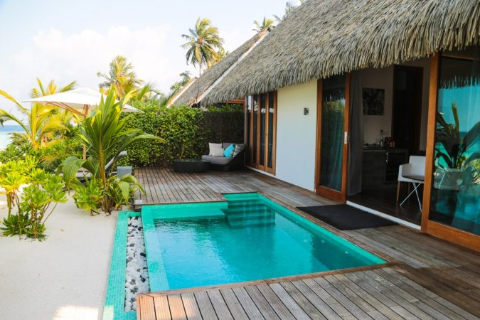 Kandolhu_Resort_Maldives-64-675x450 The 8 Most Luxurious Hotels in the World