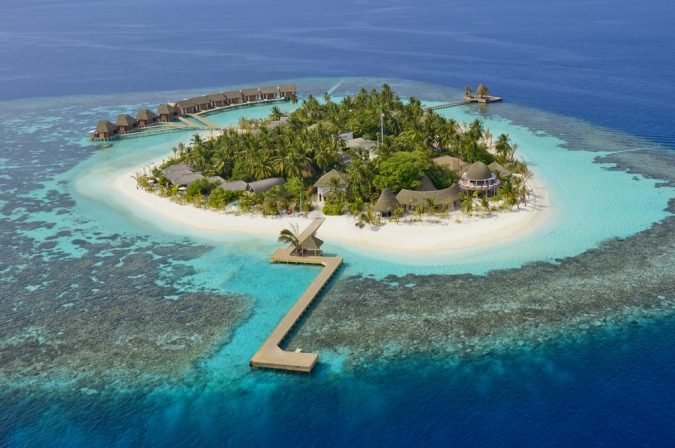Kondolhu-Maldives-675x448 The 8 Most Luxurious Hotels in the World
