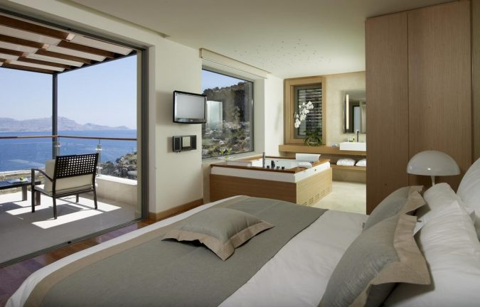 Lindos-blu-hotel-2-675x432 The 8 Most Luxurious Hotels in the World