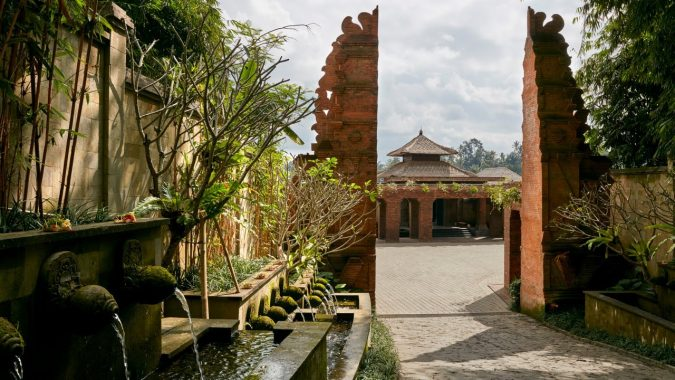 Mandapa-A-Ritz-Carlton-Reserve-hotel-675x380 The 8 Most Luxurious Hotels in the World