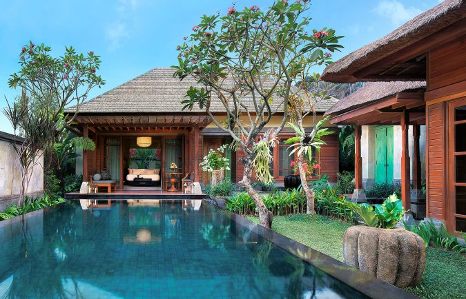 Mandapa-A-Ritz-Carlton-Reserve-pool-villa_hotel-675x434 The 8 Most Luxurious Hotels in the World