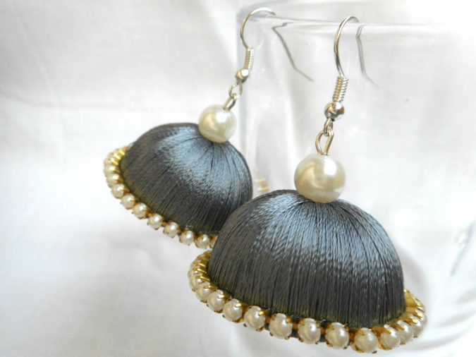 Silk-threaded-earrings-675x506 Top 20 Newest Eyelashes Beauty Trends in 2019