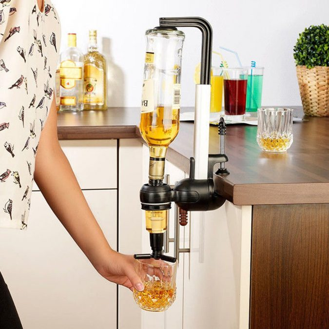 alcoholic-drinks-despenser-675x675 16 Creative Ideas for Hosting Party in Small Spaces
