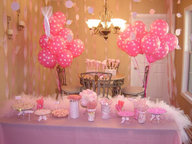 birthday-party-in-small-spaces-house-675x506 16 Creative Ideas for Hosting Party in Small Spaces