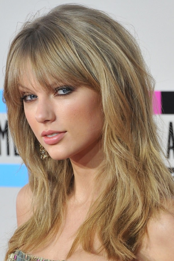 brown-layered-hairstyles-with-bangs Best 2020 hairstyles for straight thin hair - Give it FLAIR!