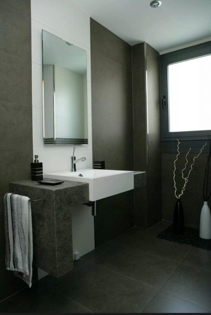 dark-bathroom-modern-decor-675x1008 15+ Top Modern House Interior Designs for 2019!