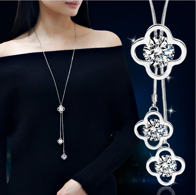 diamond-double-sided-clover-necklace-675x674 18 New Jewelry Trends for This Summer