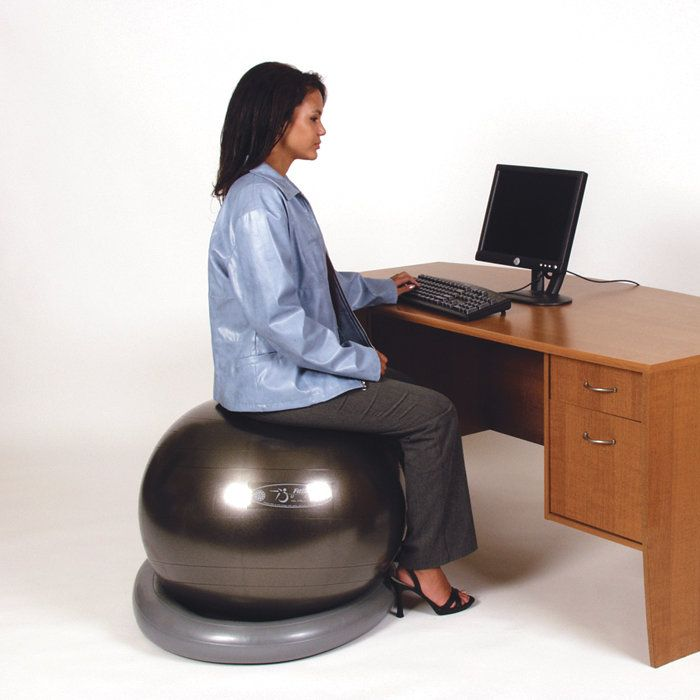 e557e3974839a056170663b51bed2785-exercise-balls-ball-chair Benefits of using Yoga Ball Chair for your Home or Office