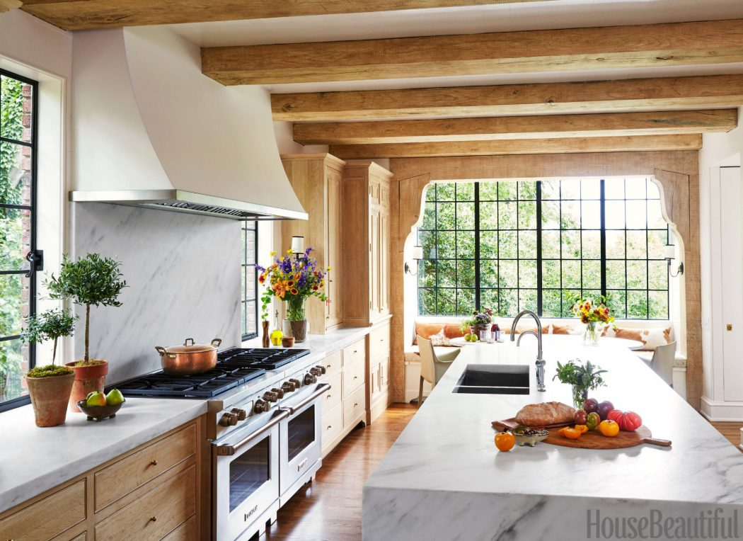 full-space-copy 13 Modern Ways to Decorate Your Kitchen!