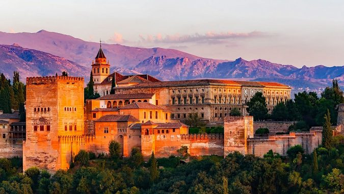 granada-spain-the-Alhambra-675x382 20 Places to Explore for an Enchanting Holiday