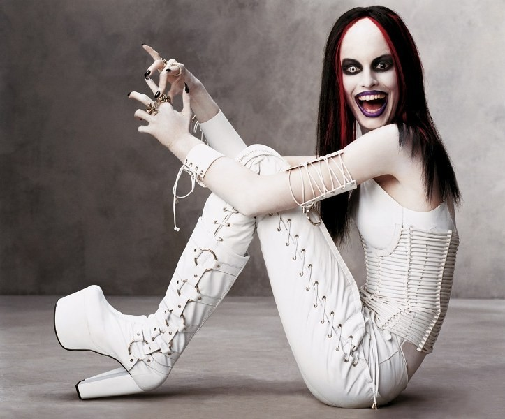 halloween-costumes-for-teens-163 86+ Funny & Scary Halloween Costumes for Teenagers 2018