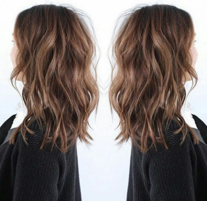 large-loose-hair-waves-675x657 Best 2018 hairstyles for straight thin hair - Give it FLAIR!