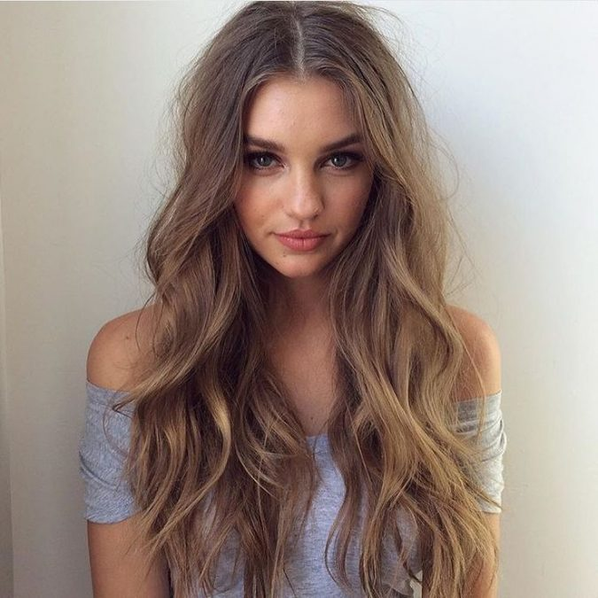 long-hair-loose-waves-675x675 Best 2020 hairstyles for straight thin hair - Give it FLAIR!