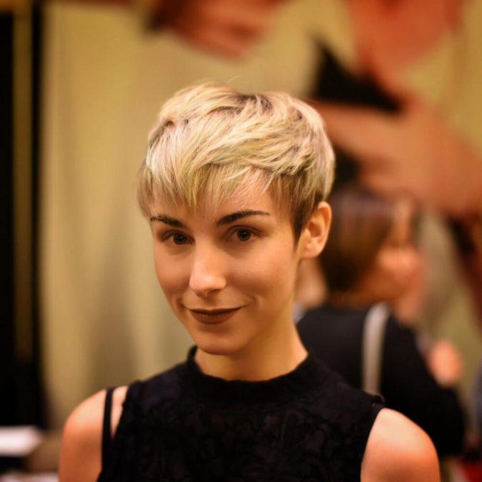 pexie-hairsut-675x675 Best 2020 hairstyles for straight thin hair - Give it FLAIR!