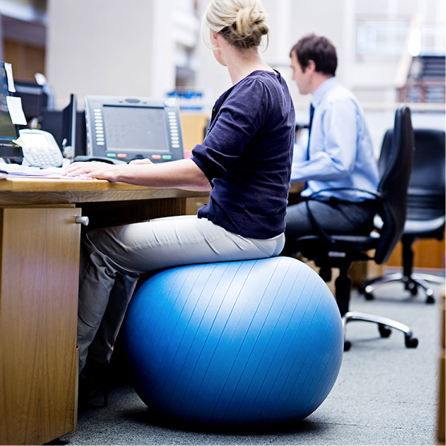 Benefits Of Using Yoga Ball Chair For Your Home Or Office Pouted Com