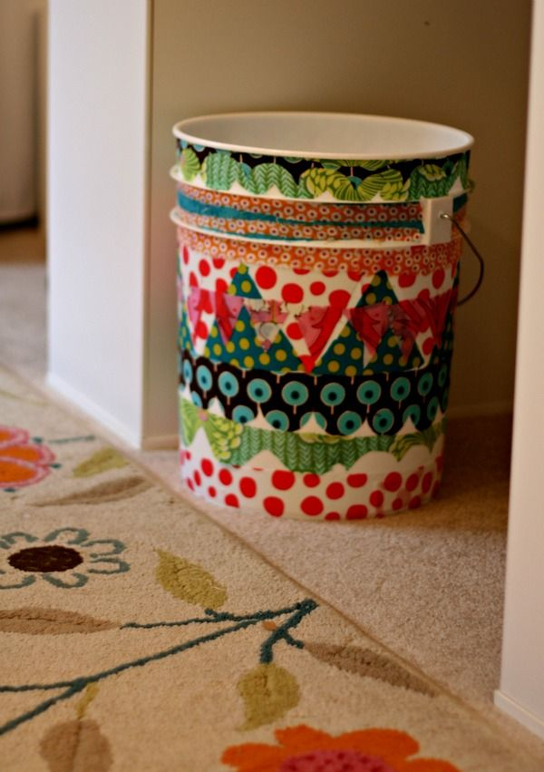 trash-can 16 Creative Ideas for Hosting Party in Small Spaces