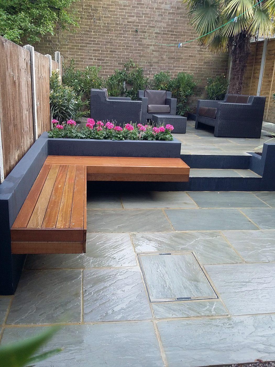 Block-and-wood-garden-benches1 15 killer Garden Bench Decoration Ideas