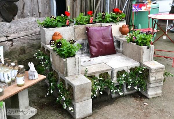 Cinder-Blocks-garden-benches 15 killer Garden Bench Decoration Ideas
