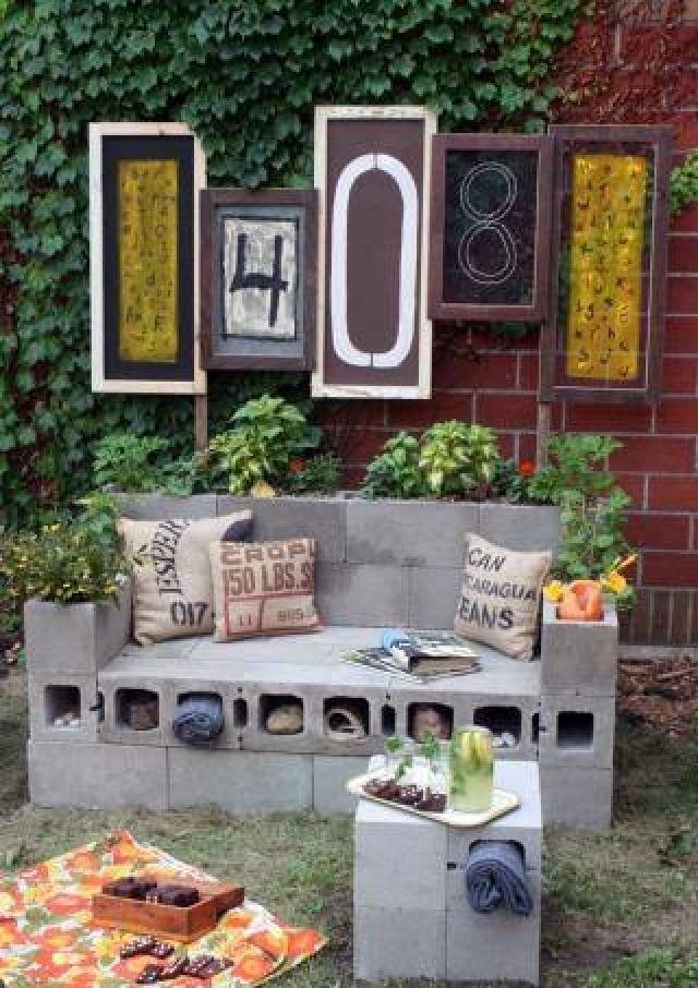 Cinder-Blocks-garden-benches1 15 killer Garden Bench Decoration Ideas