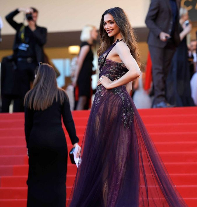 Deepika-Padukone-2-675x708 Top 10 Celebrity Diet Tricks for a Perfect Figure